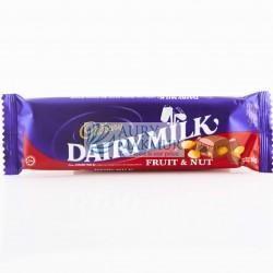 CADBURY DAIRY Milk FRUIT AND NUT 65gr
